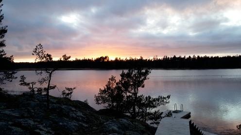 Ilta-aurinko painuu mailleen